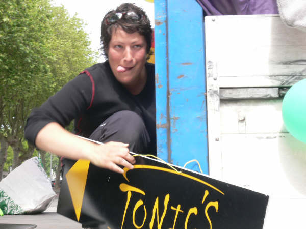 Tonics - gay_pride_2008_(05[1].08)_011